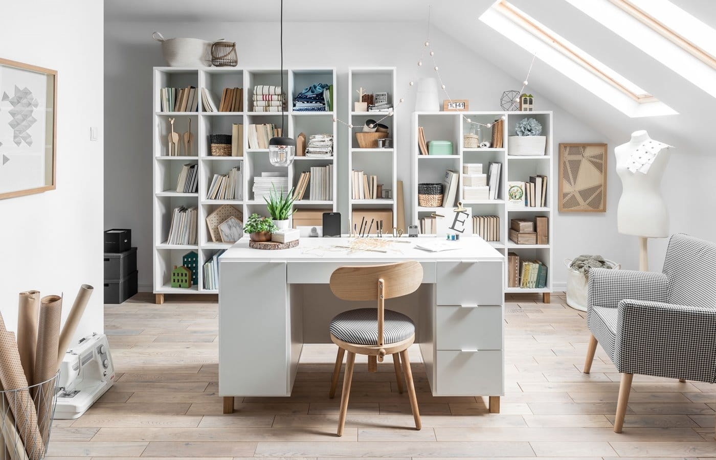 Simple biuro